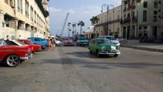 キューバ街歩き。いろいろレトロで中々大変。