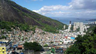 ブラジルの貧しい人の地域、ファベーラを6時間歩いてみた