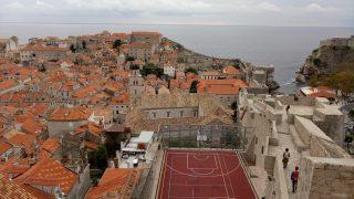 クロアチア:ドゥブロブニクって、読めない?